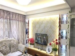 商城路东明路,单位家属院,精装修小两室,诚心出售,看房方便