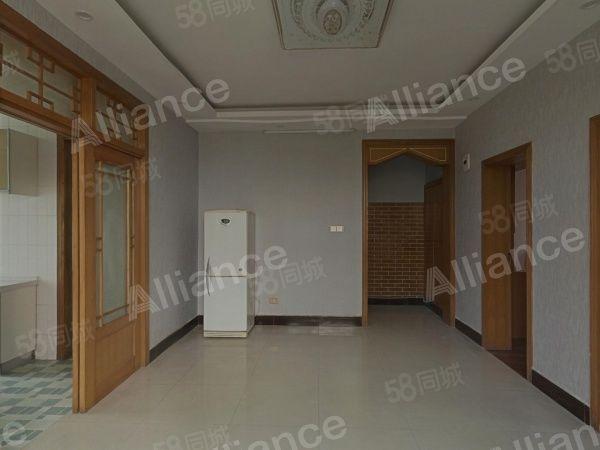 通用小区3房出租价格优惠