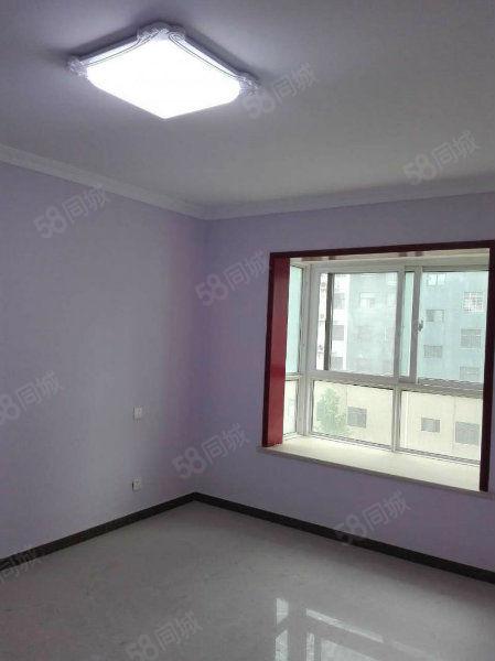 售神火城市花园南户两室可改三室、精装修、送地下室。可按揭