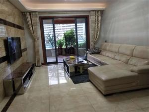 大地坡丽雅龙城稀缺大3室,送大露台,使用面积大,精装带家具