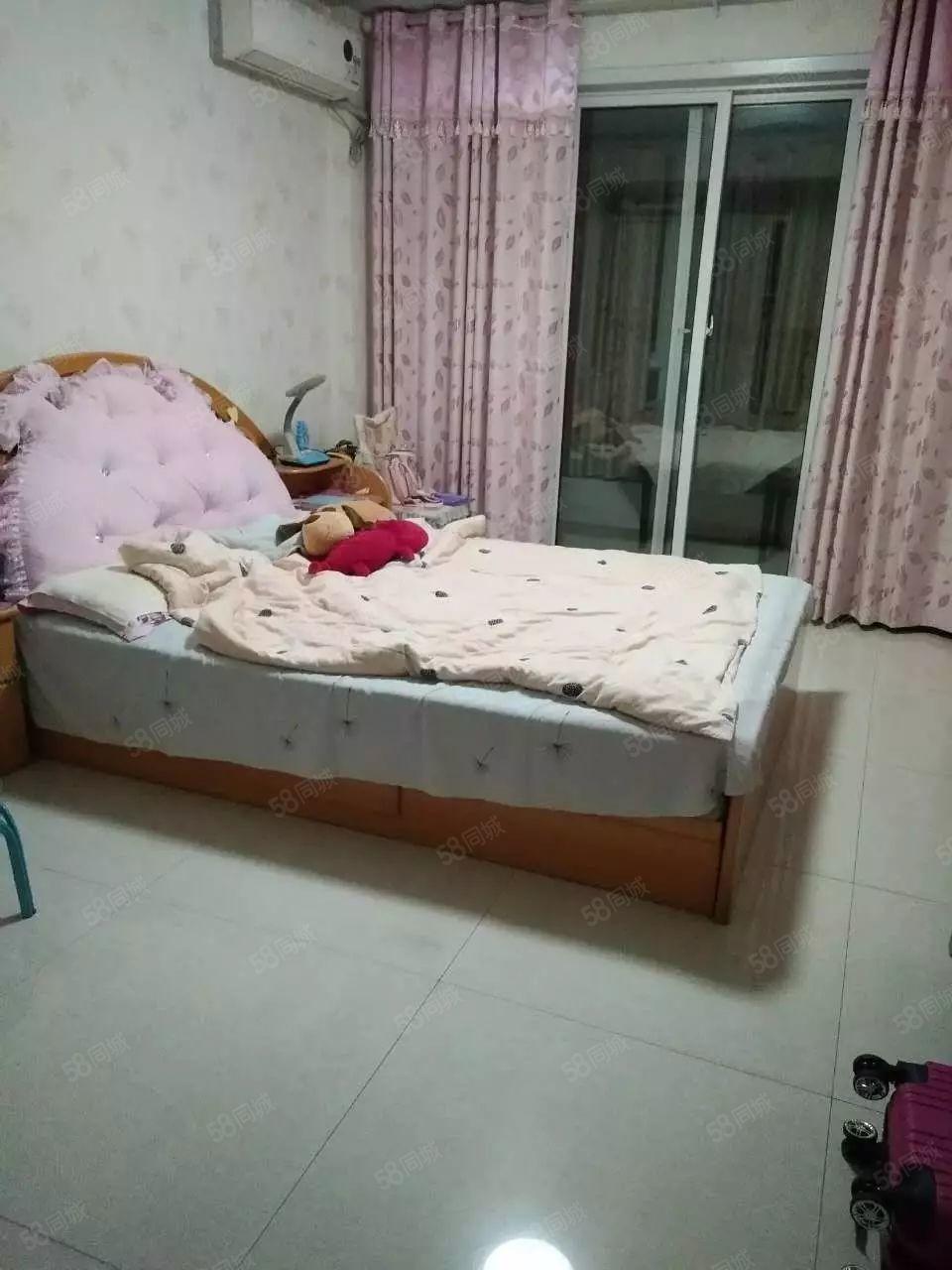 翰景园单身公寓精装1100月