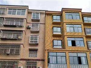 圆中圆旁边小区套房+赠送大阳台+采阳极好+房型好+3室2厅