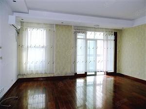 美林小镇车库入户精装空房居家、会所、办公均可有钥匙
