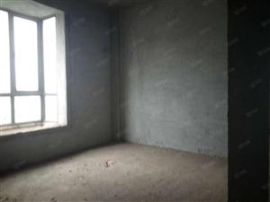 锦绣花园电梯3房南北通透采光足,急售,急售65万