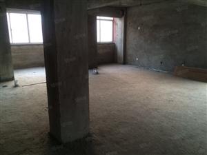 0金城银座近三室二厅新房未装楼层好急售34.8万