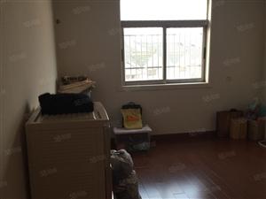锦达小区1楼有院子,3室1厅,38.8万