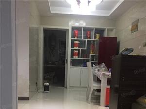 尚鼎国际2楼127平3室2厅中等装修拎包入住