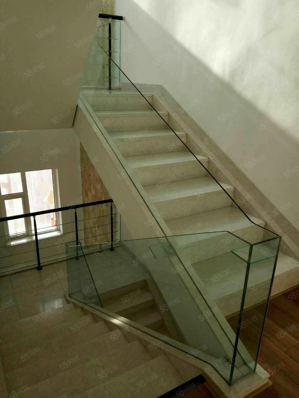 独栋别墅一中附近,十中14层,房本面积347平高档精装