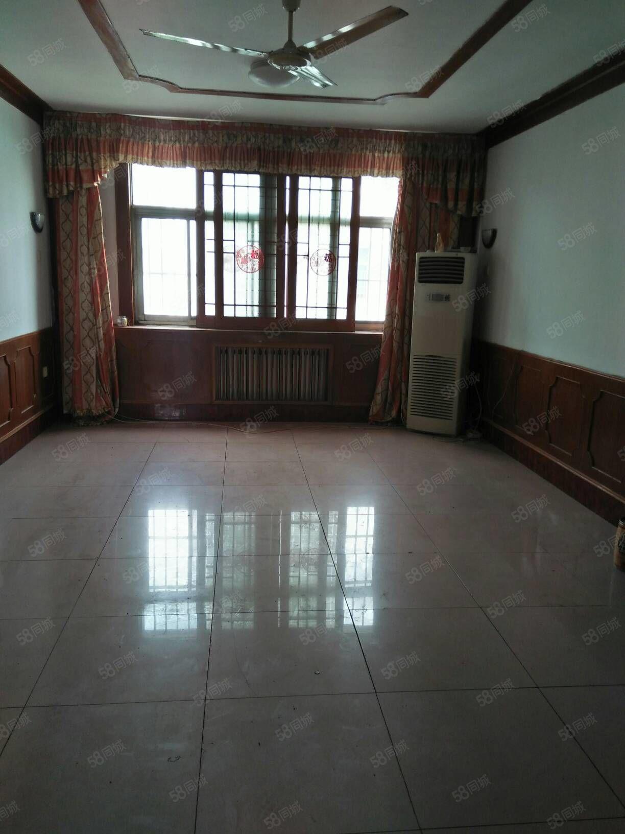 仙营福利苑5楼2室2厅90平,停车方便,空房。
