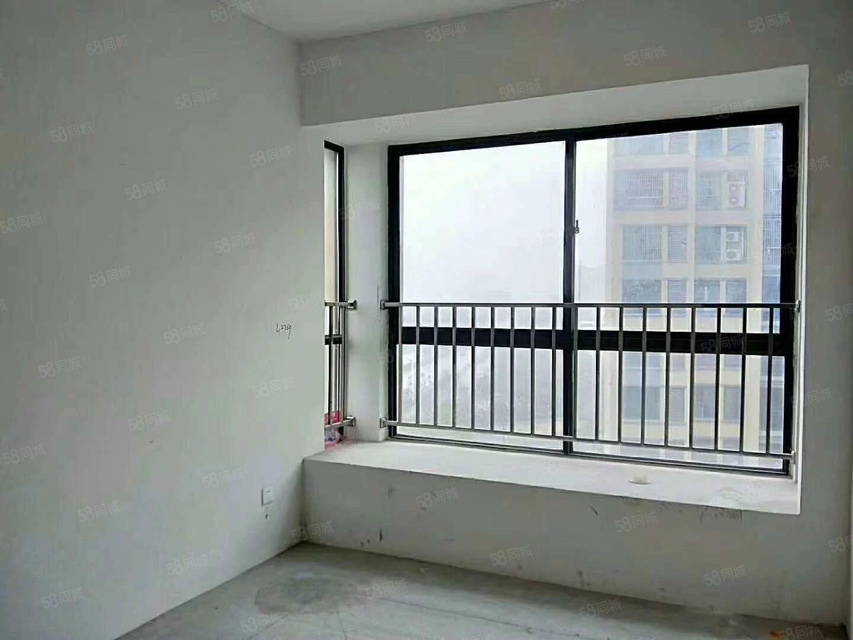 城南《同乐东苑》,多层的2楼,简单装修!