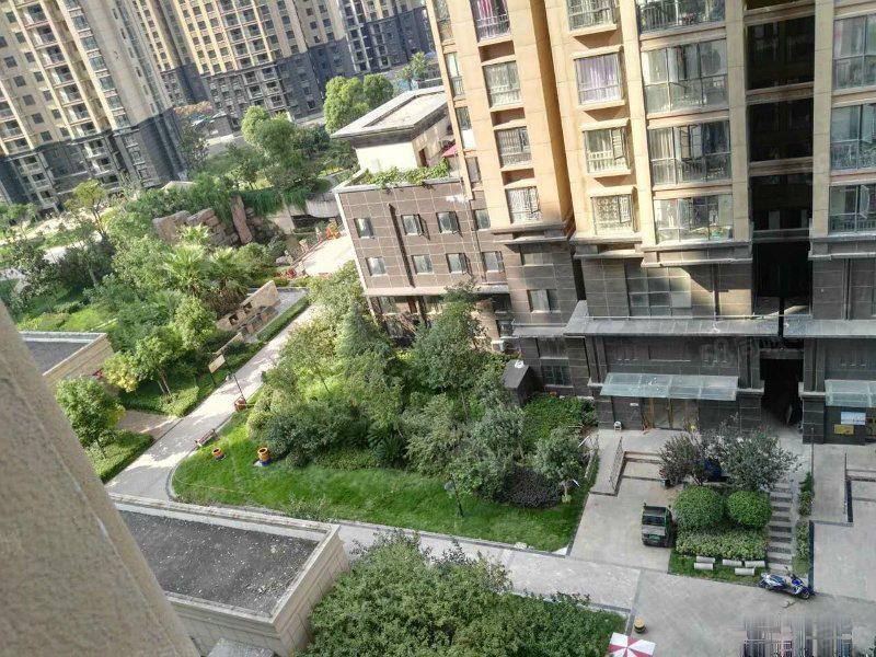 安嘉代理新盘无用普鑫上东郡楼层面积可选七千低三万