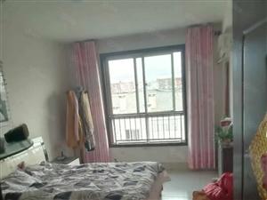 明珠东南区3室1厅1卫,简单装修,带配套房10平左右,证超!