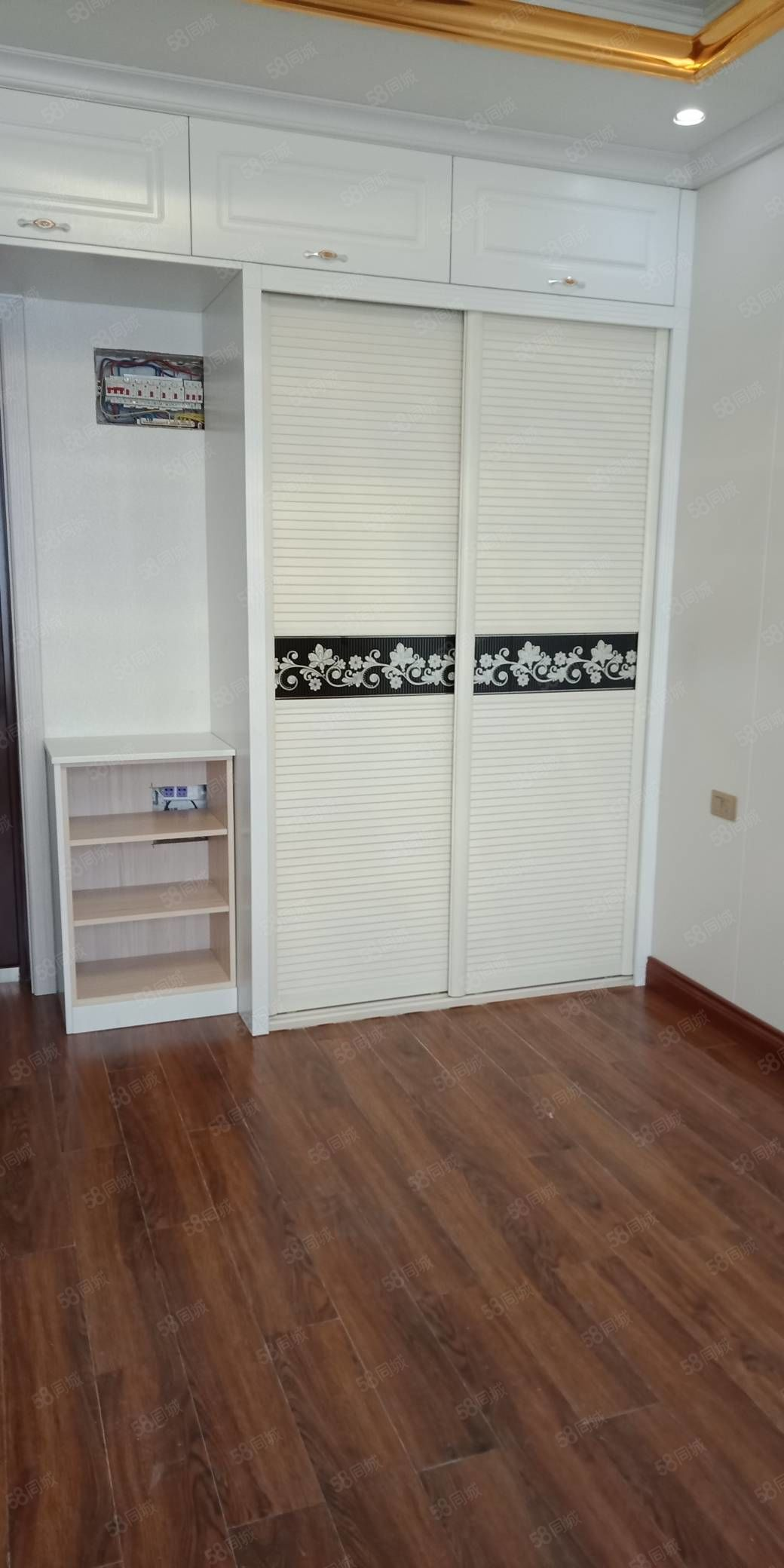 繁华地段田森汇小公寓出租,豪华装修,31平米,830一月