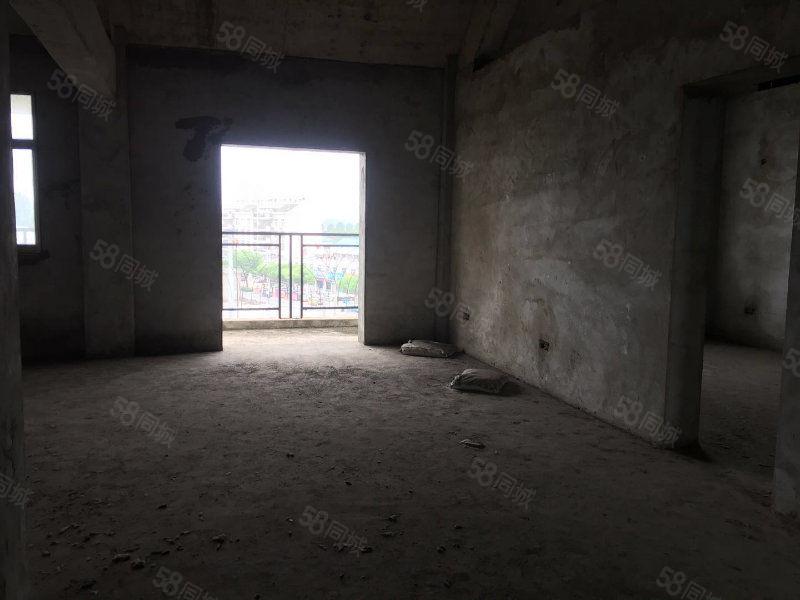 中医院旁地质新村纯毛坯三房采光好赠阁楼业主急售包税出手