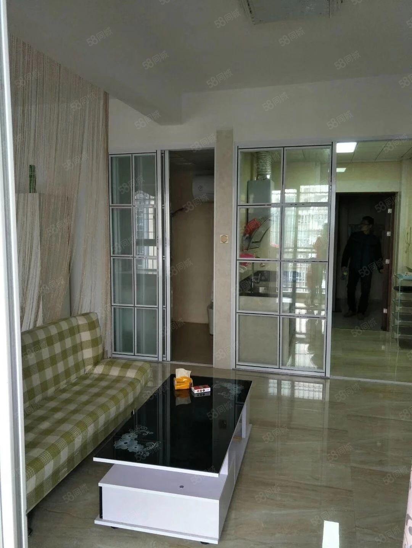 市中心万达旁城东花苑标准一室一厅单身公寓,精装设备齐全