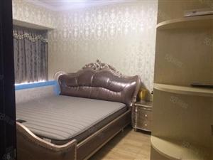 金域兰湾2200元3室2厅2卫精装修,依山傍水,风景优