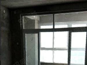 兰亭山水二期三四复式楼出售毛坯房随意装修欢迎联系。