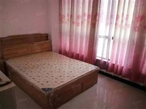 低于市场价300元!迎宾路旁甲六院精装一室一厅!随时看房