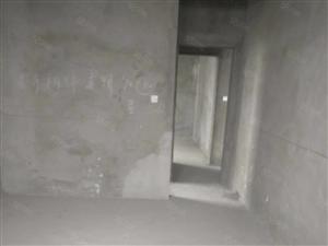 怡馨佳苑,中间楼层,三室两厅两卫,全款