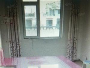 胜宏尚郡五楼二室二厅一卫带20平地下室,赠送三个大露台!急售