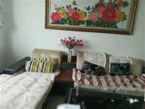 新辉花园3室2厅2卫140平精装修家具家拎包入驻20000元