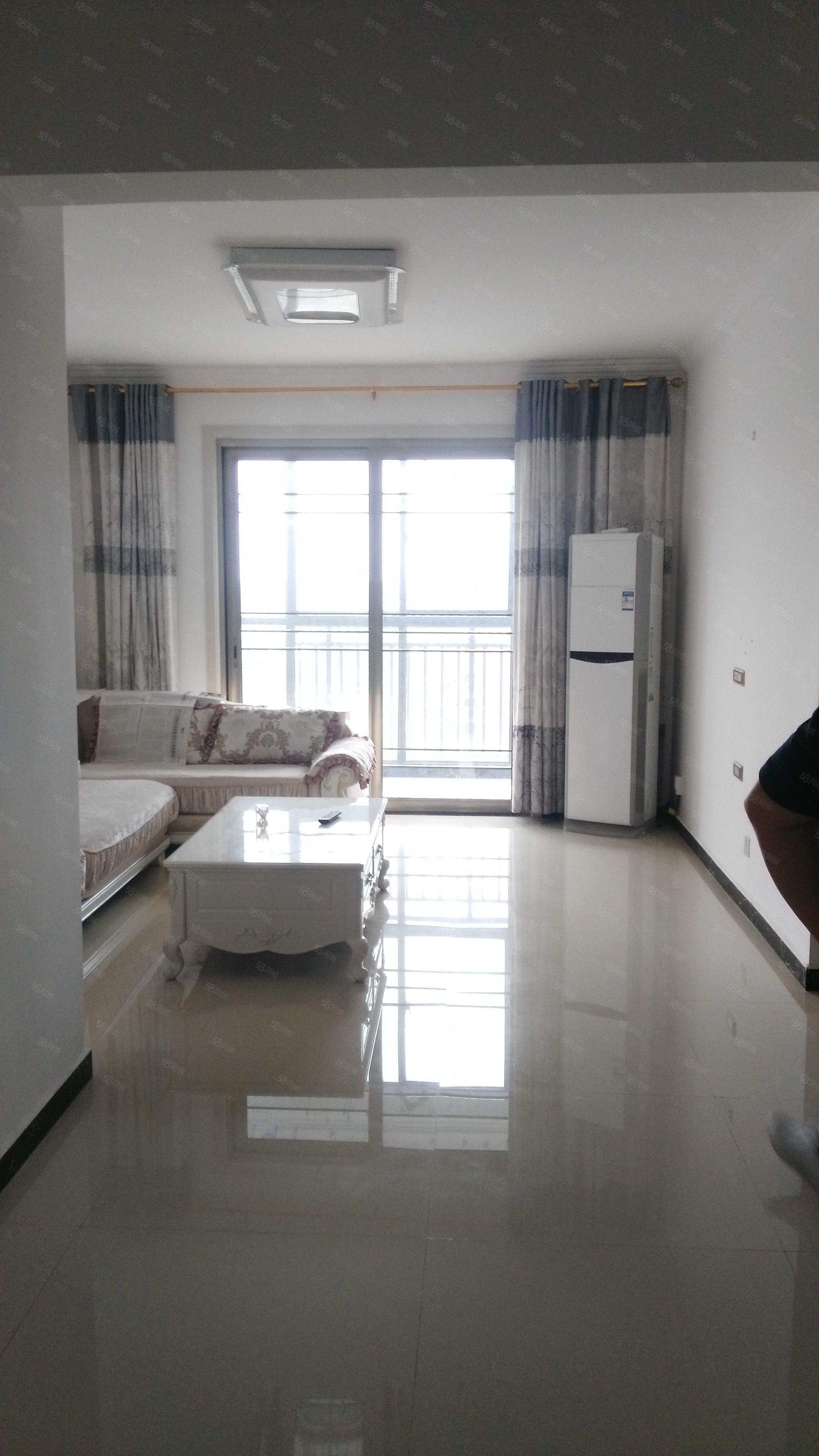 东区庆丰街,学,区房,观澜国际精装三室两厅,拎包入住.。