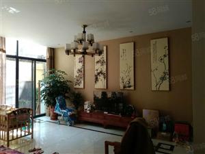 金虾路282平方三层楼精装带三套门面仅售380万