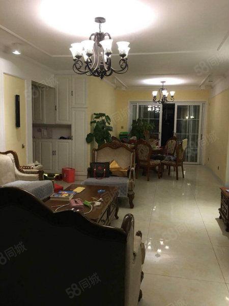 急售碧桂园豪华装修三卧朝阳客厅朝阳可以分期随时看房