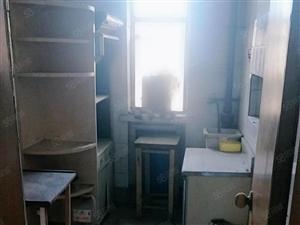 宝塔督府房屋出租。三居室价格优廉。