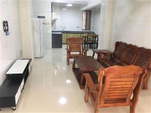 卧龙小区高使用率2室,舒适环境等你享受