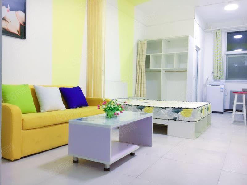 整租一室真实照片独立卫生间独立厨房精装修家具家电齐全