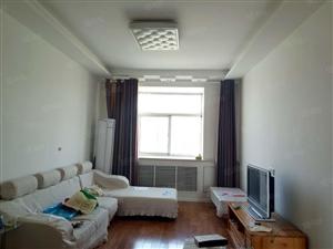 舒适中装三室全套家电家具随时入住值得一看