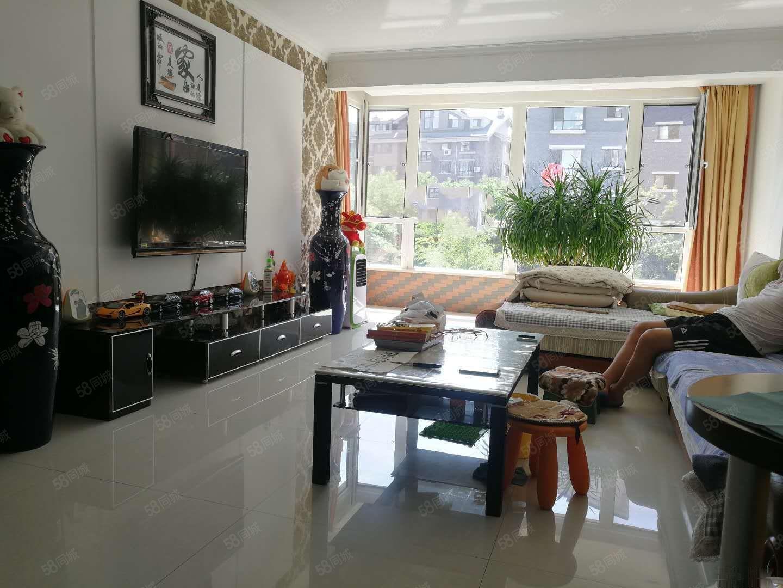 宏运奥园3楼120平3室2厅1卫精装修赠送全部家具家