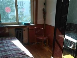 四方实验小区套三厅,套三厅,73平,2000元,