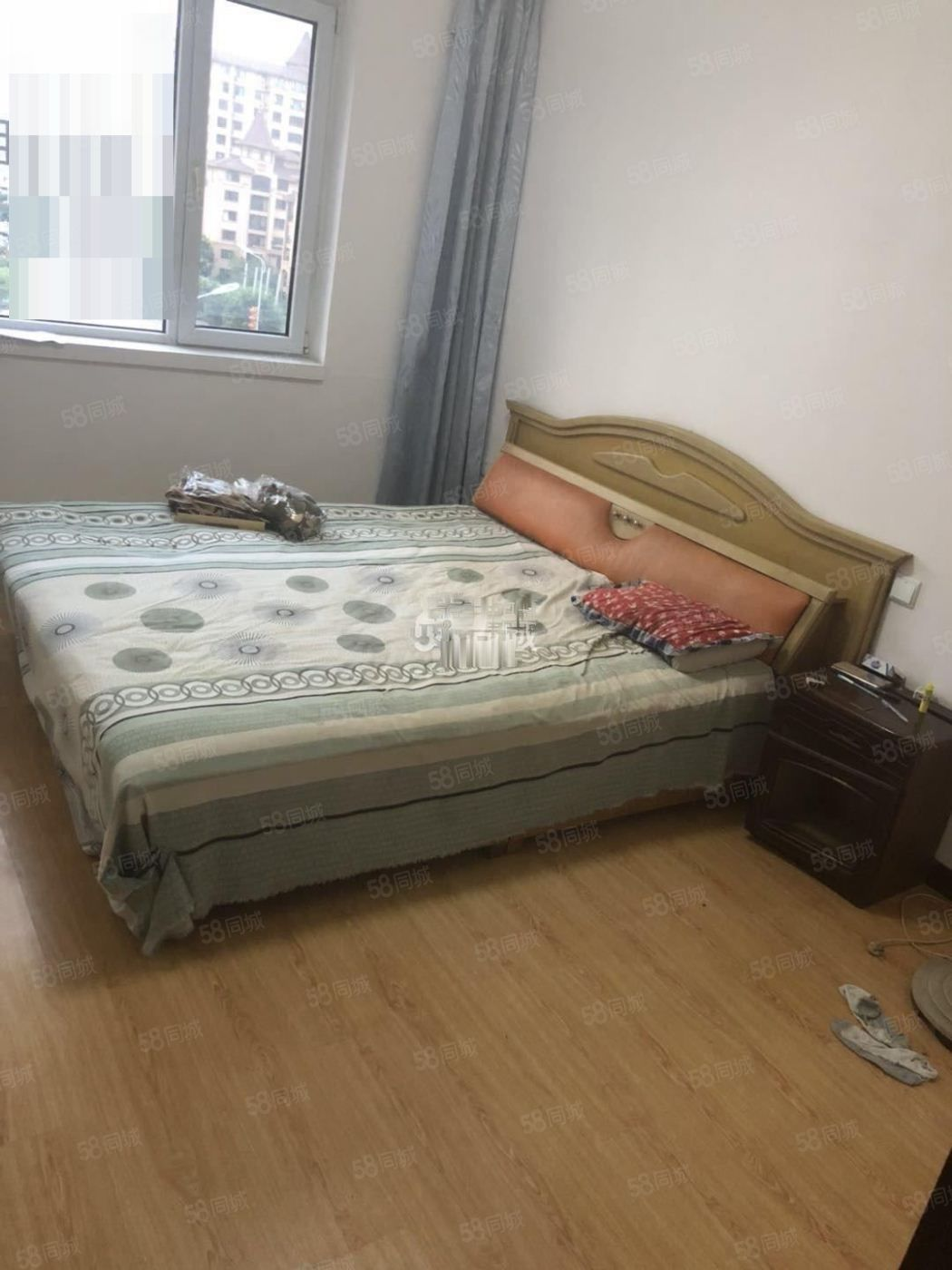 齐安雅居2室1厅1卫5楼简单装修,年租拎包入住