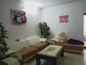 明尚精英3室2厅精装修现售36万。