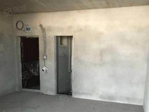 急售实验小学旁电梯中层两室两厅两卫