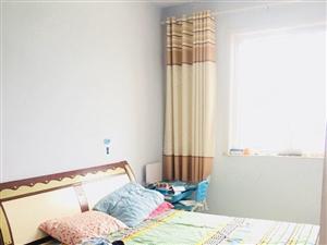 黄十二渤七桃李幸福园精装三室家具齐全干净整洁拎包入住!