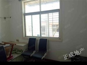宇川建材市场3室2厅1卫精装修拎包即可入住随时看房