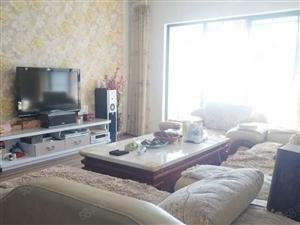 西山旁熙和名筑灵秀小区134平精装大3房仅售76万