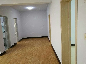急售天赐良缘难得一楼两室两厅房源,手续齐全
