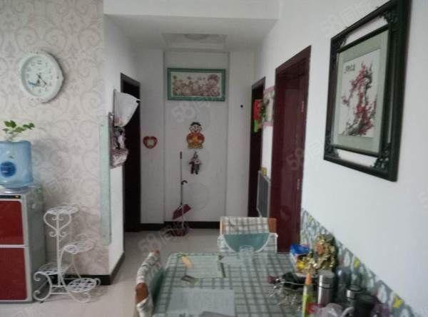 锦绣江南三楼,112平方三室两厅,拎包入住!可贷款!