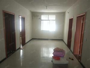 气象局后面简单装修空房出租三室一厅120平方便宜实惠