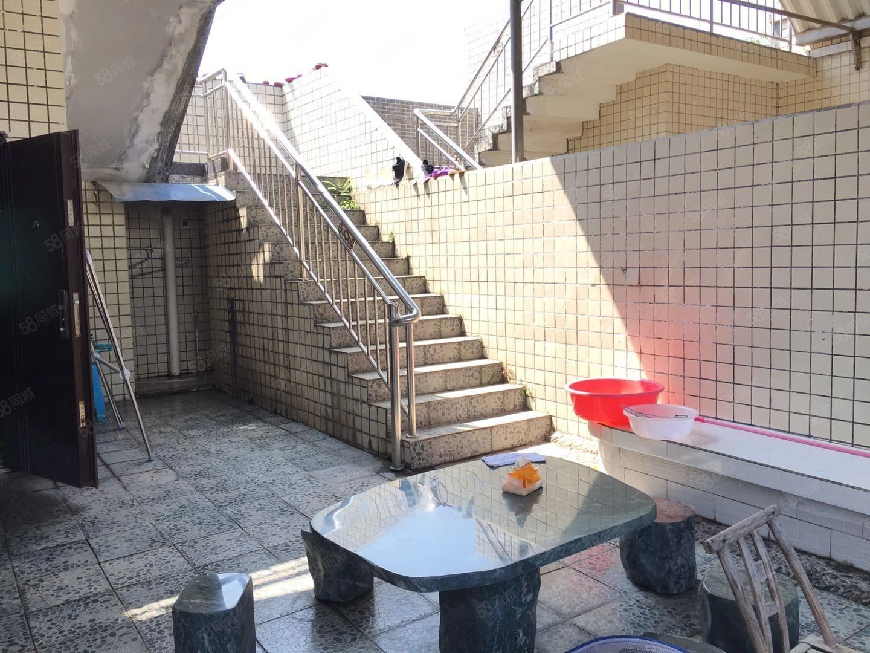 金滩精装高端双层复式大五室使用面积300+可按揭