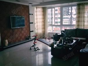 鼎盛大厦4室大面积精装修家电家具齐全拎包入住