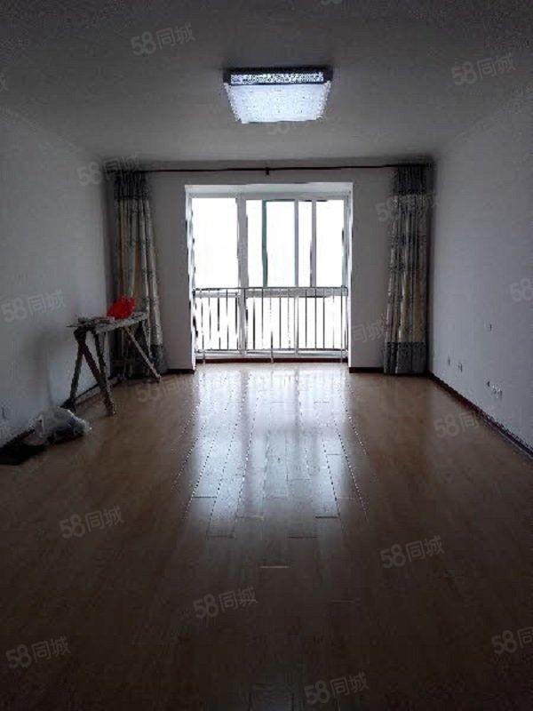 人民西路陕科大对面芙蓉佳苑电梯3室带露台空房
