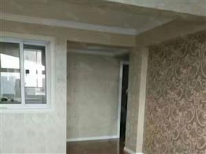 龙泉山庄8楼精装2室急售14.8万