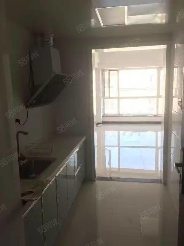 润丰悦尚两室公寓房皇家赛车尚住两用价格不高手慢无房