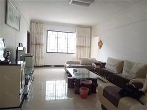 城南站潇湘商贸城130平米3室2厅2卫带全套家具出租