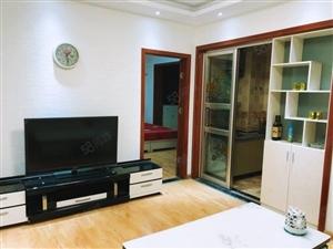 仲景路二院燕湖小区温馨一室干净舒适出入方便拎包入住!